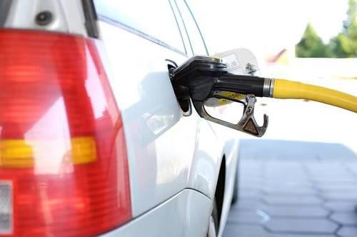 trucos para ahorrar gasolina de coche