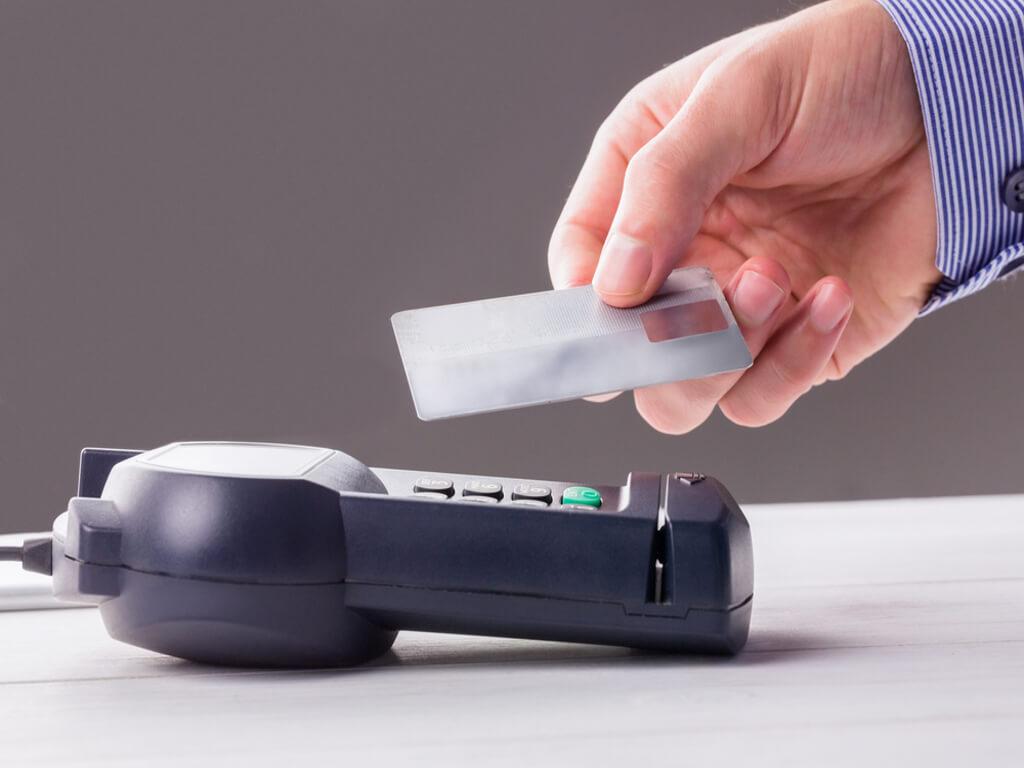 karta paypass, karta zbliżeniowa, paypass, płatność bezgotówkowa, płatność kartą, płacenie kartą