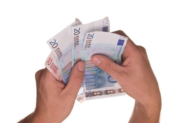 Conseguir un préstamo urgente para ahorrar dinero en casa